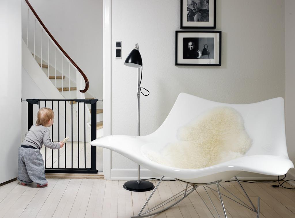 Baby Dan - Bramka ochronna PREMIER + 4 rozszerzenia, czarna