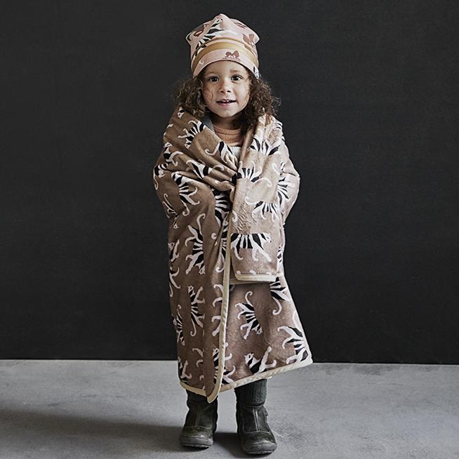 Elodie Details - Kocyk Pearl Velvet - White Tiger Warm Sand