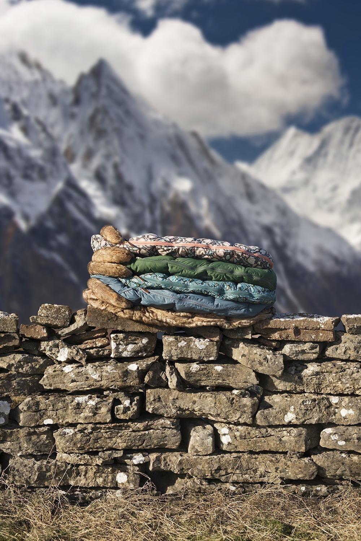 Elodie Details - śpiworek do wózka -  Everest Feathers