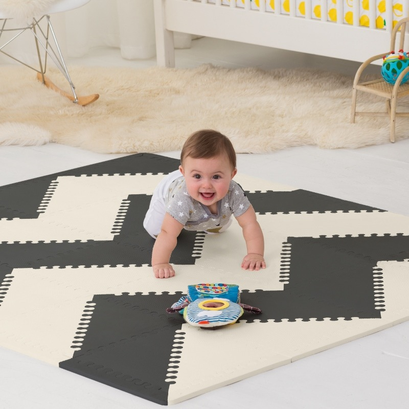 Skip Hop - Mata Playspot Black/Cream GEO